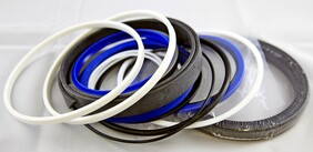 R290-7 Bucket Cylinder Seal Kit