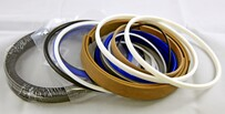 R250-7 Bucket Cylinder Seal Kit